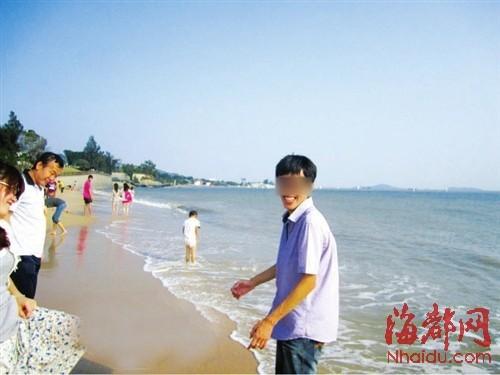 小张生前在QQ空间里晒出来的旅游照