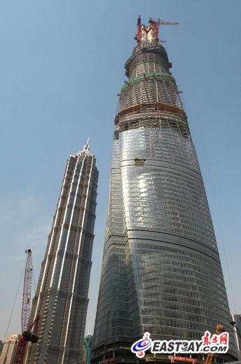 今年4月11日上海中心突破500米