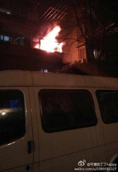 呼玛一村的火灾现场。
