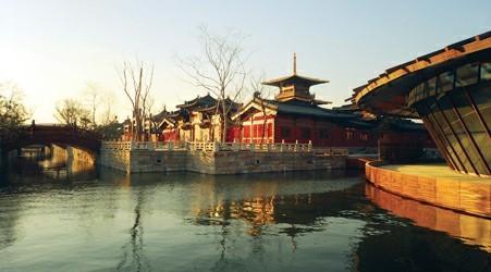 广富林遗址公园的建筑群古色古香。图/东方IC