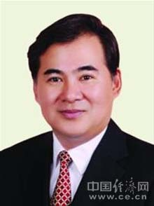 徐逸波,男,1957年11月出生,浙江宁波人,1978年3月入党,1976年3月参加工作,大学,工学学士,高级经济师。