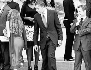 奥巴马偷窥巴西少女臀部