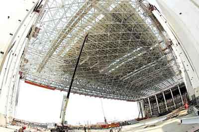 亚洲最大钢结构———浦东国际机场