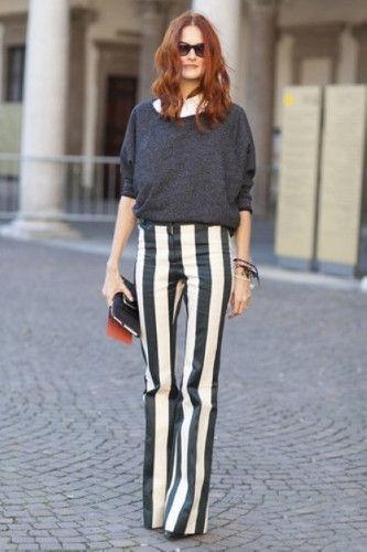 竖条纹裤子搭配图片_黑白竖条纹衣服怎么搭配-黑白竖条纹裤子配什么上衣图片