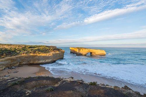 澳大利亚地�_旅游 热点目的地 全球十大最美海蚀拱大pk 澳大利亚伦敦桥等